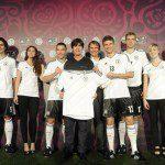 """Calcio, Euro 2012: ecco le nuove maglie adidas per la Germania. """"Storia, tradizione e orgoglio"""""""