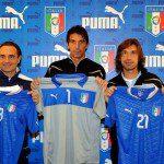 """Calcio, Euro 2012: Puma presenta il nuovo kit della Nazionale. Azzurri in stile """"future-classic"""""""