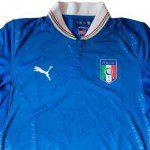 Calcio, Euro 2012: la maglia Puma dell'Italia per gli Europei. Azzurra, colletto bianco con tricolore
