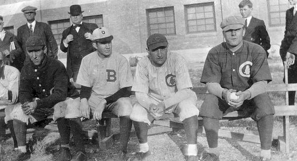 chicago-cubs-1912-home-road-uni